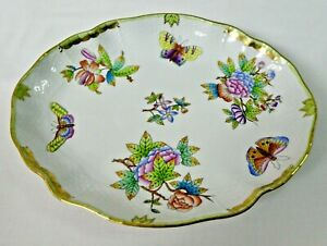 """HEREND QUEEN VICTORIA OVAL SERVING PLATTER #211 VBO - APPROX SZ 10"""" X 8"""""""