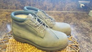 8.5 M TIMBERLAND WATERPROOF LACE UP LEATHER LEATHER UPPER CHUKKA BOOTS