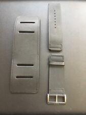 Gucci Genuine Leather Black Steap & Cuff 107.50001
