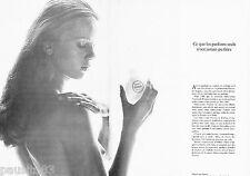 PUBLICITE ADVERTISING 106  1973  la créme Satin Femme Rochas (2p) seins nus