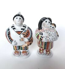 Villeroy & Boch 1748 Salt and Pepper Shakers Pair Mom Dad Baby Rare Collectible