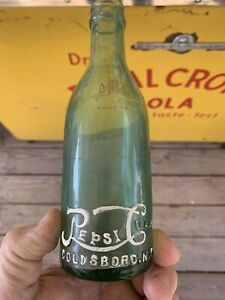 1911 straight side Heal Script Pepsi : Cola Bottle,Goldsboro N.C. (ROOT Glass)