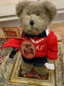 """Boyds Bear COCA-COLA DAVID RED SWEATER 10"""" BROWN TEDDY 919964 & STAND NEW NWT"""