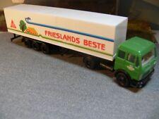 1/87 Albedo MB NG Frischdienst Nord Contor Frieslands Beste Koffer-Sattelzug