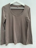 Ladies Top UniQlo Brown Large (size 16) <MM802