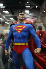 SUPERMAN STATUE - MINT NEW IN BOX FACTORY SEALED