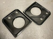 Land Rover Defender Headlight Surrounds GLOSS BLACK - Excellent