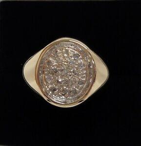 Fine Gents 0.20ct Diamond Signet Ring 9ct (375) Yellow Gold - Size U 1/2 - 5g