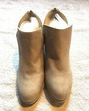 beige boots size 6