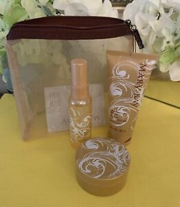 Mary Kay CREAMY FROSTED VANILLA GIFT SET Retired Item-Gift Bag