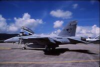Originale Colore Scorrimento F/A-18F Super Hornet 165802/NJ-130 di VFA-122 US
