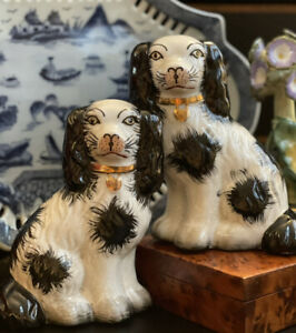 """Timeless Small English Staffordshire Style Spaniel Fox Hunt Mantle Dog Pair 5.5"""""""