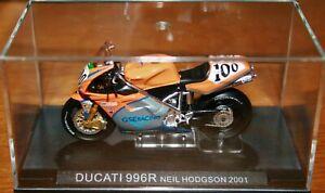 NEIL HODGSON GSE DUCATI 996R 2001 1:24 IXO Motorbike - Rare