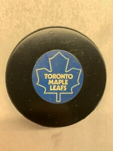 """1973-83 TORONTO MAPLE LEAFS VINTAGE VICEROY OFFICIAL GAME PUCK """"APPROVED"""""""