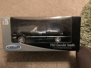 1:26 Chevrolet Impala Cabrio 1963 Welly Diecast Metal Model Car 22434W