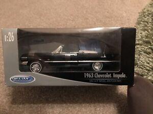 1:26 Chevrolet Impala Cabrio 1963 Welly Diecast Metal Model Car 22434W