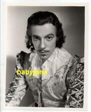 CESAR ROMERO ORIGINAL 8X10 PHOTO COSTUME PORTRAIT 1935 CARDINAL RICHELIEU