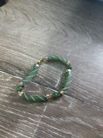 Women's Green and Gold Bracelet. Fashion jewelry. Beads
