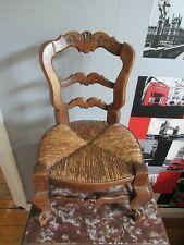 Ancienne chaise bois / paille pour pour poupée