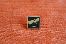 13863 PIN'S PINS TDF RADIO TV TELE SATELLITE TDF1