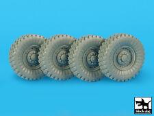 M1117 guardian roues accessoires set, cat. n.: T35179, chien noir, 1:35