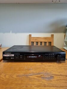 Pioneer F-204RDS Stereo AM FM Radio Tuner HiFi Separate