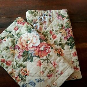 Set of 2 Pillow Shams ~ Tan Earth Tones Floral ~ Standard Pillow Cases Quilted