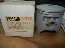 NOS Yamaha Piston STD YZ250 YZ 250 3R4-11631-00-96