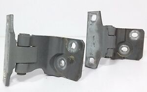 2000-2005 Cadillac DeVille OEM right front upper & lower door hinges passenger