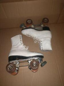 Vintage Douglas Snyder plates Riedell boots Roller Skates White Size 6