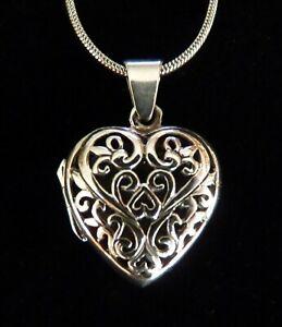 Beautiful Sterling Silver Heart Locket.