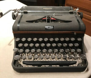 Royal Companion Typewriter Needs Repair Not Working As Is Vintage VTG