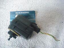 Un véritable peugeot 607 headlight headlamp height level adjustment motor valeo