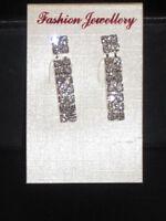 NEW (6140-10) diamante drop earrings silver