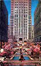USA Vintage Postcard 1962 NEW YORK City Channel Gardens at Rockefeller Center