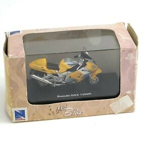 NEW RAY MINI BIKE SUZUKI GSX 1300R DIE CAST 1:32 Motorcycle Yellow New in Box