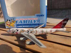 Dragon Wings/ Tomy JAL Disney Characters 747-446D 1:400 475040 Friend Clr JA8908