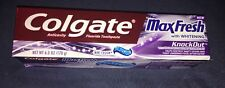 Colgate MaxFresh with Whitening KnockOut Gel Toothpaste Mint Fusion 6 oz