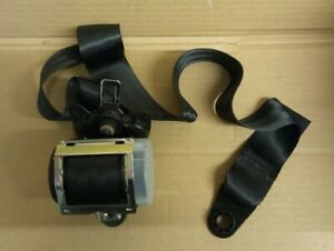 NEW GENUINE LAND ROVER DISCOVERY RANGE ROVER SPORT FRONT LEFT SEAT BELT