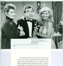 MARION ROSS TOM BOSLEY PATRICIA CARR BOSLEY BUSTY HAPPY DAYS 1981 ABC TV PHOTO