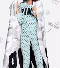 "Victoria's Secret PINK 2018 Cozy Christmas Gray Camo Fleece Blanket 50"" x 60"""
