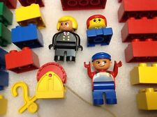 PRE-OWNED ~50 PIECES ~ LEGO  DUPLOS PLAY SET ANIMALS~ PEOPLE~ CARS ~ CARRY CASE