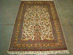 Tree of Life Birds Feed Rectangle Rug Wool Silk Hand Knotted Carpet (6 x 4)'