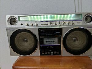 PANASONIC RX-5085 BOOMBOX RADIO Metal Tape Working-see desc Parts Only