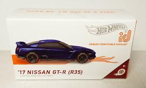 Hot Wheels id 2017 17 Nissan GT-R R35