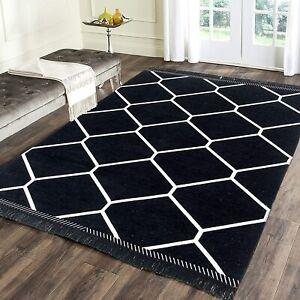 4.5 x 7 Ft Geometric Rug For Home Decor - Black, Chenille - Rectangular Shaped