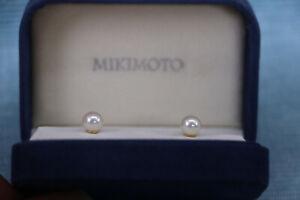 Genuine Mikimoto 18K Akoya Pearl Stud Earrings 6.5-7MM Original Box  Lustrous !