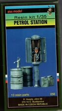 PLUSMODEL PLUS MODEL 056 - PETROL STATION - 1/35 RESIN KIT NUOVO