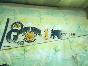 """Vintage Golden State Warriors Pennant NBA 1992 Trench MFG. Co. 11"""" x 29"""""""