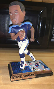 """Steve Mcnair Forever Colectibles Legends Of """"The Field"""" Bobblehead #1073 Of 5004"""